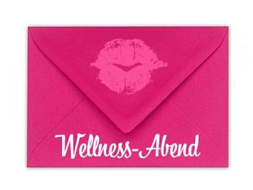 """Ein Briefumschlag mit dem Schriftzug """"Wellness-Abend"""""""