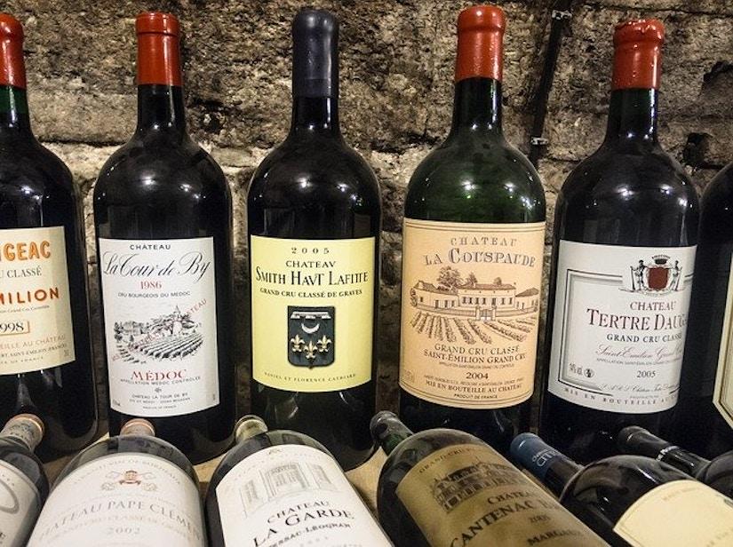 Verschiedene Rotweine aus dem Burgund