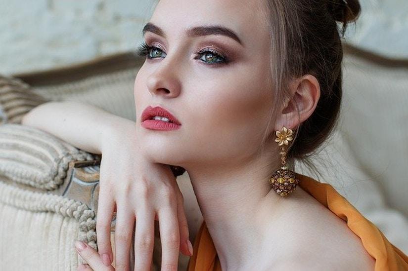 geschminkte Frau