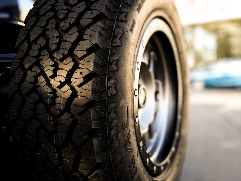 Reifen mit Felge in Nahaufnahme