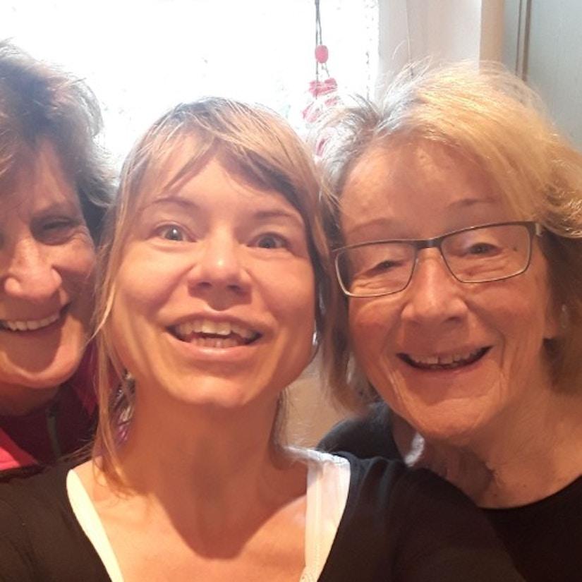 Mutter, Tochter und Oma