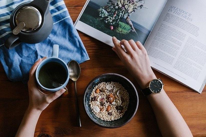Frühstück, Tee, Magazin