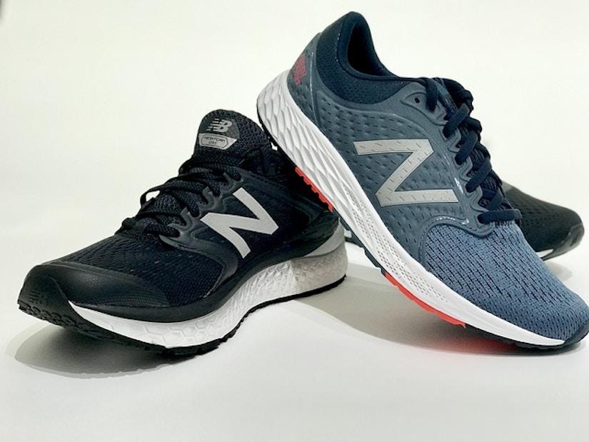 Verschiedene New Balance Schuhe in unterschiedlichen Grau-Blau und Schwarz